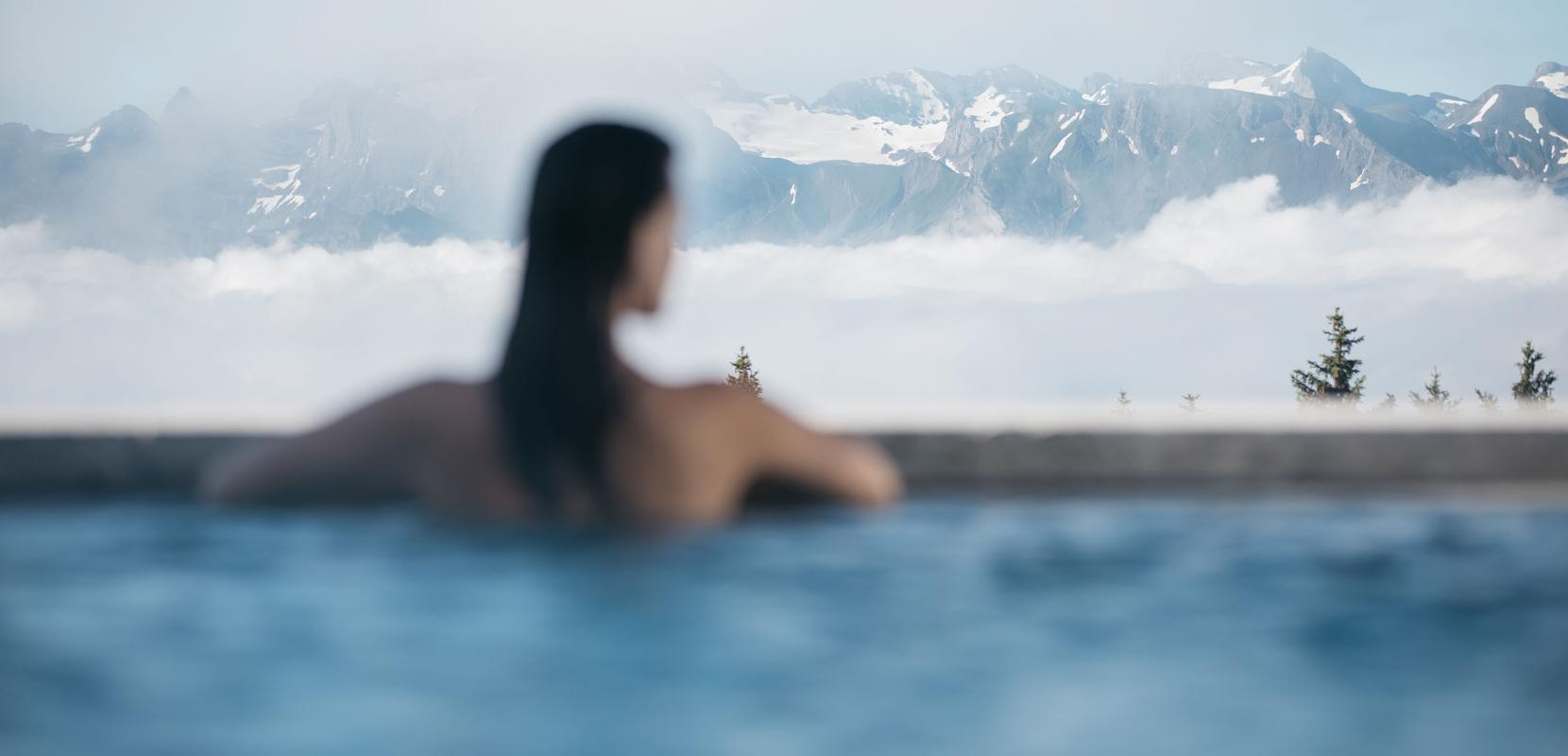https://www.aqua-spa-resorts.ch/sites/default/files/styles/image_large_desktop/public/2020-09/mineralbad-spa-rigi-kaltbad-dayspa-morgenerwachen.jpg?h=c6980913&itok=Dy6YfQMS